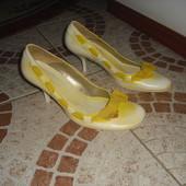 Туфлі шкіра Італія 38 розмір