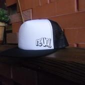 Кепка Revol