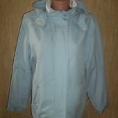 Легкая куртка Ветровка с капюшоном Отличное состояние