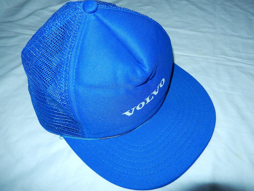 Классная летняя кепка volvo,цвет синий ,новая фото №1