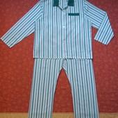 Мужская пижама размер XL, б/у. Если бы не пятна (сзади на штанине фото №10 и на спинке рубашки фото