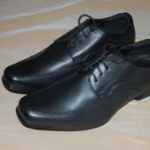 Стильные, фирменные туфли - (р.7/40,5)