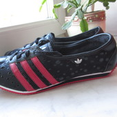 Продам кроссовки Adidas 39 р. Оригинал.