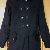 Пальто легкое модное, новое, Jennyfer срочно