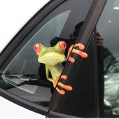 Прикольная наклейка на авто (лягушка)