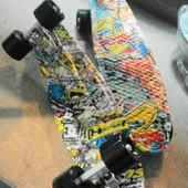 Скейт bt-ysb-0027 пластиковый с рисунками PU колеса длина 55*14,5см 5цветов колеса черные резиновые