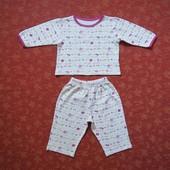 Хлопковая пижама на 9-12 месяцев, б/у. Хорошее состояние, без пятен. Штаны - длина 39 см, шаговый 23