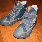 30 р.(19,5 см) Термо ботинки Rikosta с мембраной Германия для мальчика. Идеальное состояние.