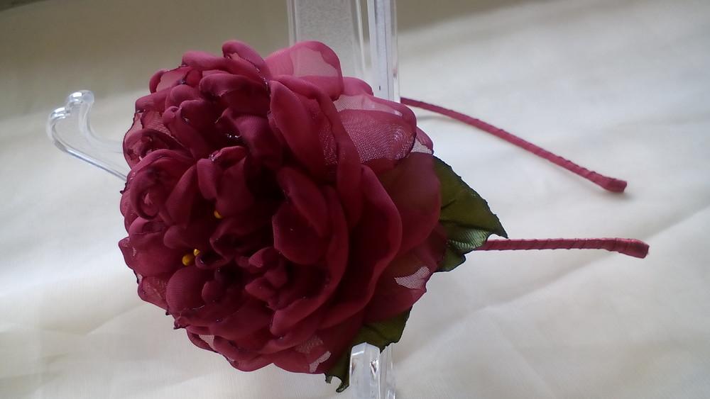 Авторской обруч пион,  цветы из шифона и атласных лент  фото №1