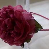 Авторской обруч Пион,  цветы из шифона и атласных лент
