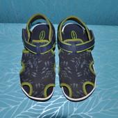 Пляжные сандали 28-30р 18.5-19см Stride rite США