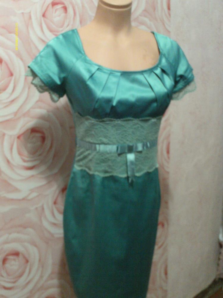 Скидка!Нарядное платье атлас, кружево фирменное р.S фото №1