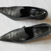 Туфли на шпильке женские кожа