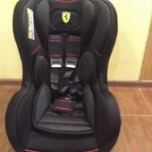 Автокресло автокрісло Ferrari Cosmo Luxe Black 0-18 кг Франция в наявності