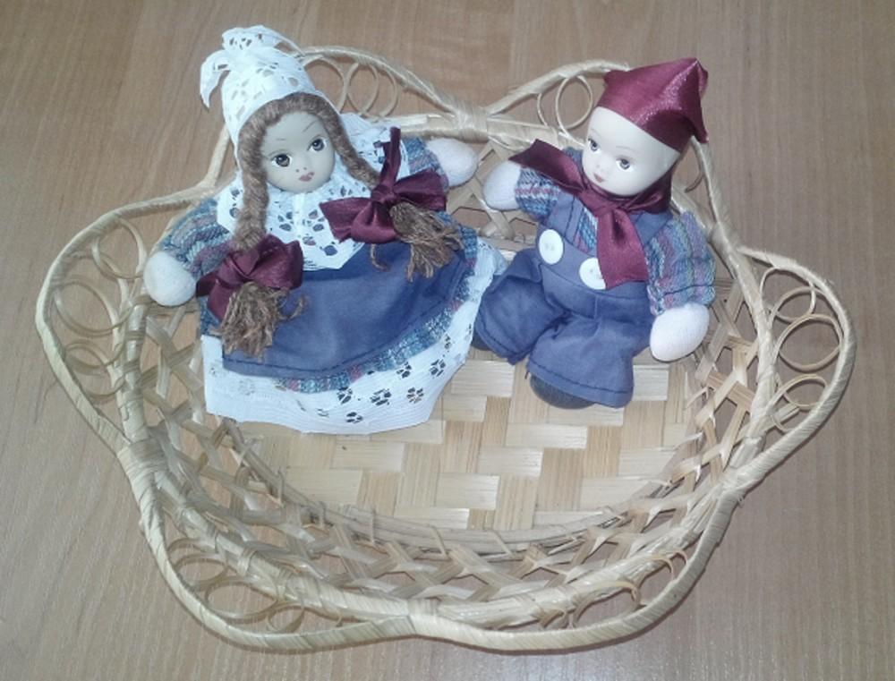 Куколки-двойняшки, фарфор, винтаж, 11-11,5 см фото №1