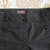 Продам женские классические брюки.
