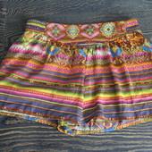 Стильные шорты Bershka XS