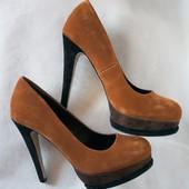 классные туфли коричневые Ronzo рыжие шпилька 35-36 размер