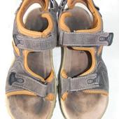 Спортивные сандалии Flash р.40 дл.ст 26см