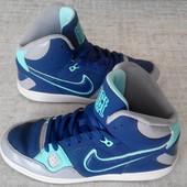 Кеды высокие р.41 Nike Force(оригинал)