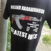 Фірмова стильна футболка .Калашнік .м .