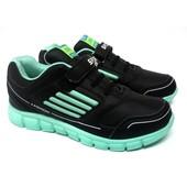 Подростковые кроссовки черного цвета