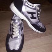кроссовки Montega 43 р стелька 28 см