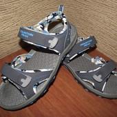 сандалии 25.5 см