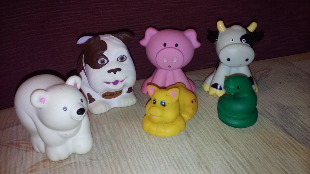 Резиновые игрушки little people fisher price фото №1
