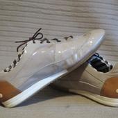 Фирменные лакированные кожаные спортивные туфли Floris Van Bommel. 42р