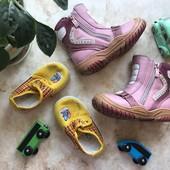 Детская обувь сапожки и мокасины размер 21 и 24 (цена 30 грн за все)