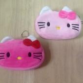 Кошелек Hello Kitty.