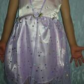 Нежное платье на принцессу 3-6 лет в отличном состоянии