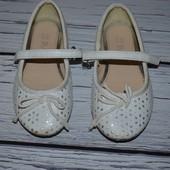 Туфли туфельки девочке под любой наряд 9 эвро 27