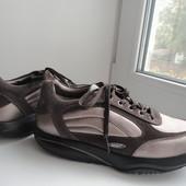 раз.40.Унисекс.Кожаные кроссовки для фитнесса MBT.оригинал.
