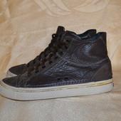 кожаные ботинки crocs, р. 43