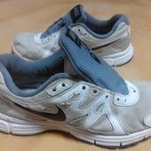 Кроссовки Nike для прогулки или работы р.40