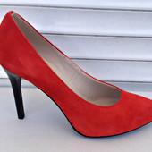 Туфли-лодочки из красного замша!