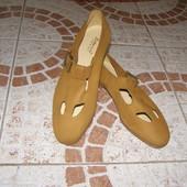 Туфельки 36 розмір 23см Італія рудого кол