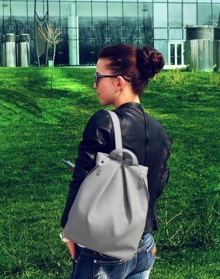 Рюкзак женский в наличии. ассортимент расцветок. качественный кожзам фото №1