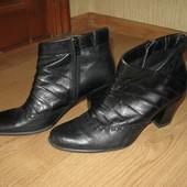 Ботинки Сaprice 39р Германия