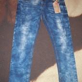 Мужские фирменные джинсы.Испания.Оригинал.Р.укр 52-54 длина 32. 55евро