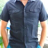 Фирменная стильная шведка рубашка  бренд C&A  Angelo litrico .М-л..