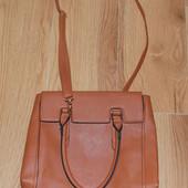 Фирменная сумка TU для девушки