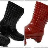 Женские черные и красные резиновые сапоги