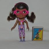 Doc McStuffins Doc Doll оригинал доктор Плюшева