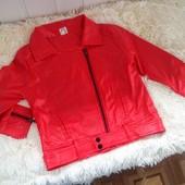 В наличии Кожаная курточка красная и черная из кожзама