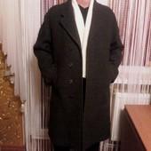 Фирменное темно серое мужское пальто Пог-58 см.