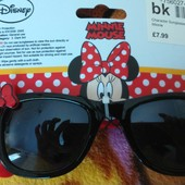 Продам новые солнцезащитные очки с Минни Маус от Дисней ,оригинал.