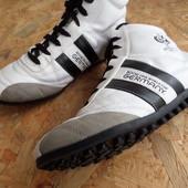 Фирменные кроссовки Fifa World Cup Germany размер-39-длина стельки-25 см